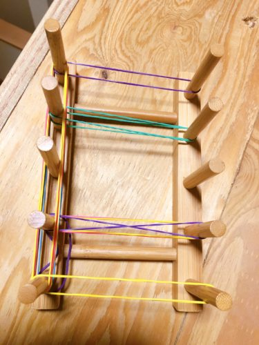 モンテッソーリ手作り知育玩具は100均で代用1歳ごむパターンボード導入